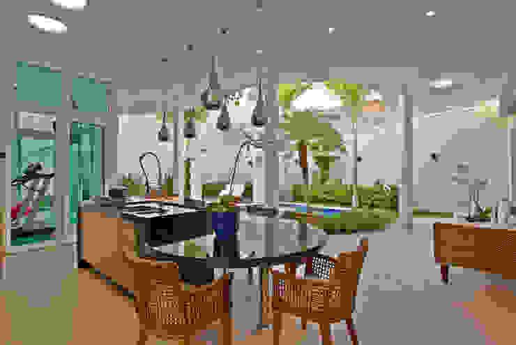 Moderne huizen van Arquiteto Aquiles Nícolas Kílaris Modern