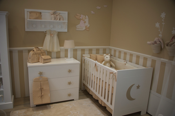 Nursery/kid's room by Baby Luna,