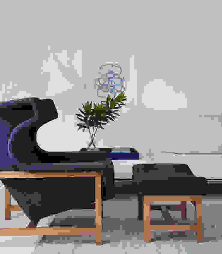 minimalist  by Yamagata Arquitetura, Minimalist