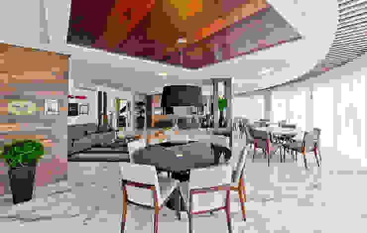 Sala da pranzo moderna di Espaço do Traço arquitetura Moderno