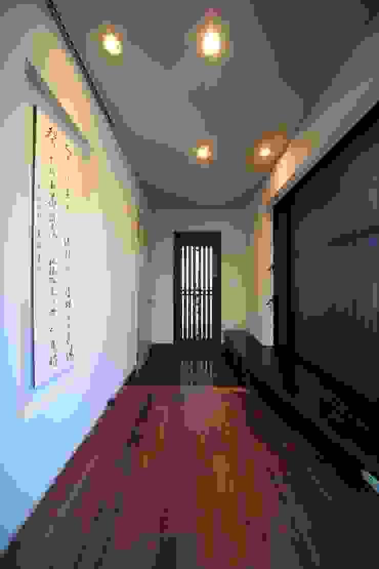玄関ホール モダンな 家 の MA設計室 モダン