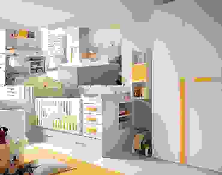 04.- Dormitorio infantil con cuna convertible de Muebles MECA Moderno