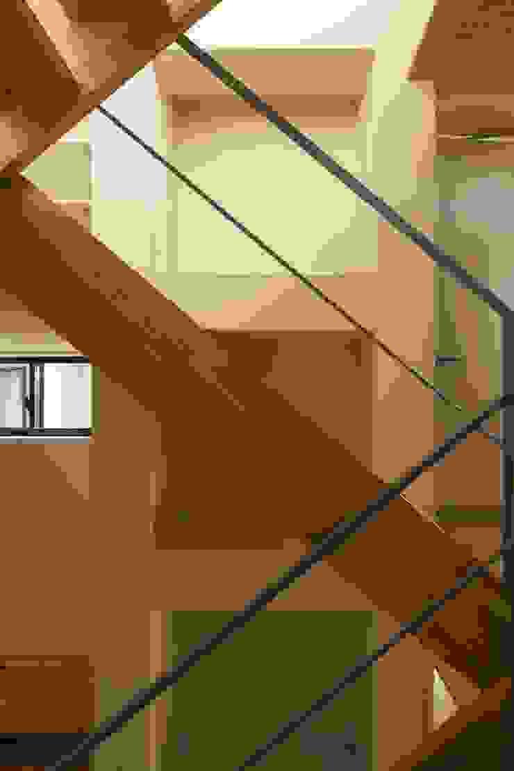 川越の家 オリジナルスタイルの 玄関&廊下&階段 の 株式会社FAR EAST [ファーイースト] オリジナル