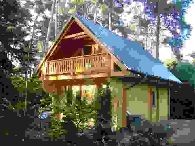 Rumah Gaya Rustic Oleh THULE Blockhaus GmbH - Ihr Fertigbausatz für ein Holzhaus Rustic