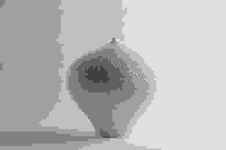 Untitle: Jong-min Lee ceramic studio의 아시아틱 ,한옥