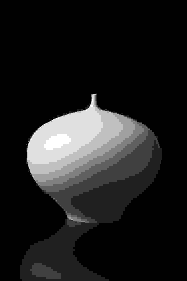 Untitle: Jong-min Lee ceramic studio의 현대 ,모던