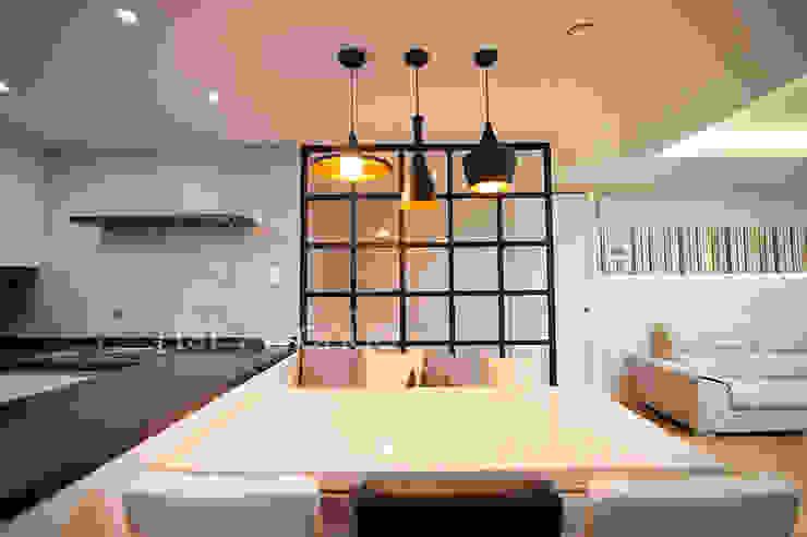 Кухни в . Автор – 퍼스트애비뉴, Модерн