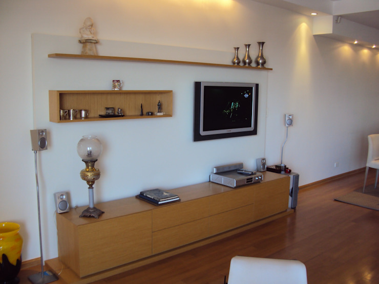 Piso en Retrio Moderne Wohnzimmer von GUTMAN+LEHRER ARQUITECTAS Modern