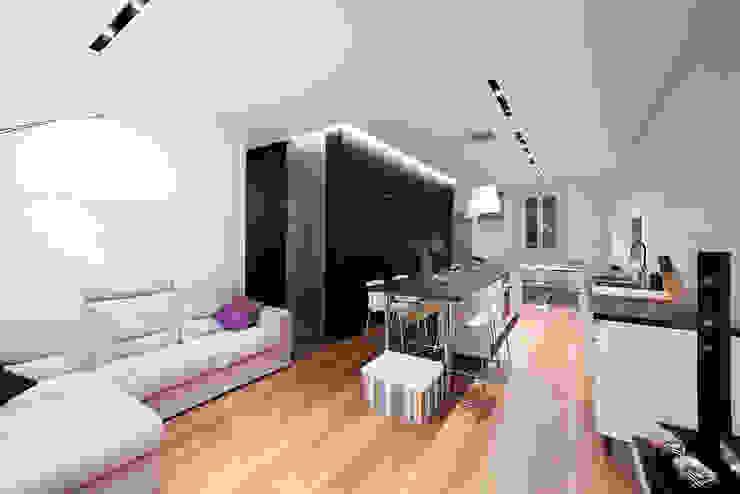 Salon minimaliste par 23bassi studio di architettura Minimaliste