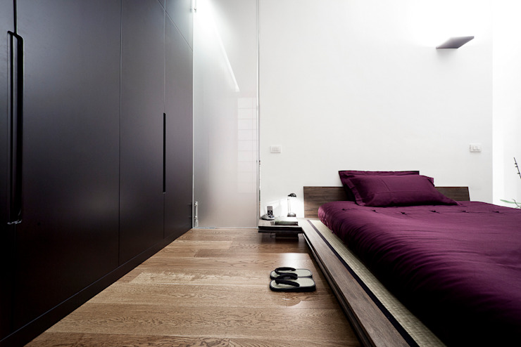 Recámaras de estilo  por 23bassi studio di architettura, Minimalista