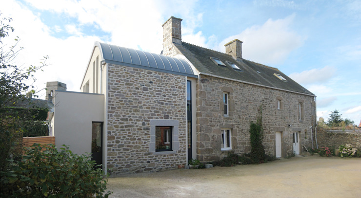 Réaménagement extension d'une longère Normande Maisons rurales par Frederic Mauret Rural