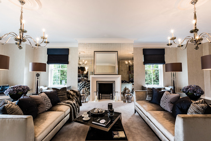 Living Room with Fireplace Salon classique par Luke Cartledge Photography Classique