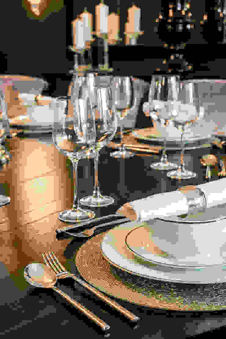 Dining Room Detail Comedores de estilo clásico de Luke Cartledge Photography Clásico