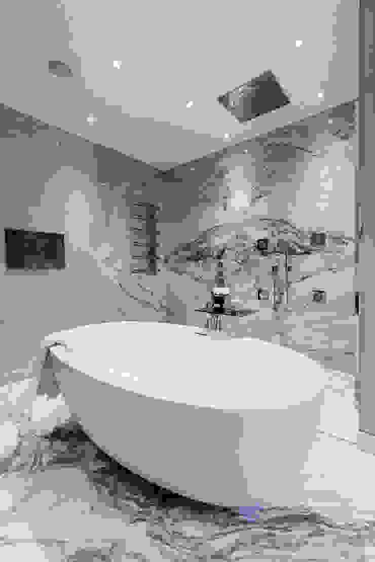 Master Bedroom Ensuite Baños de estilo clásico de Luke Cartledge Photography Clásico