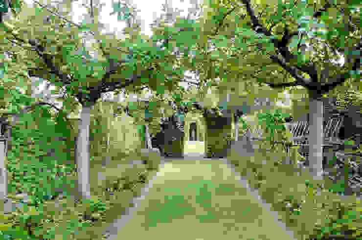 Mediterranean style garden by Anna Paghera s.r.l. - Green Design Mediterranean