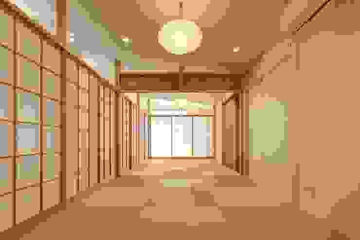 清洲の家 クラシカルスタイルの 寝室 の 株式会社FAR EAST [ファーイースト] クラシック