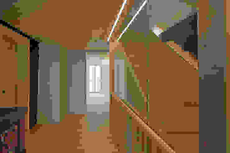 Kırsal Koridor, Hol & Merdivenler heim+müller Architektur Kırsal/Country