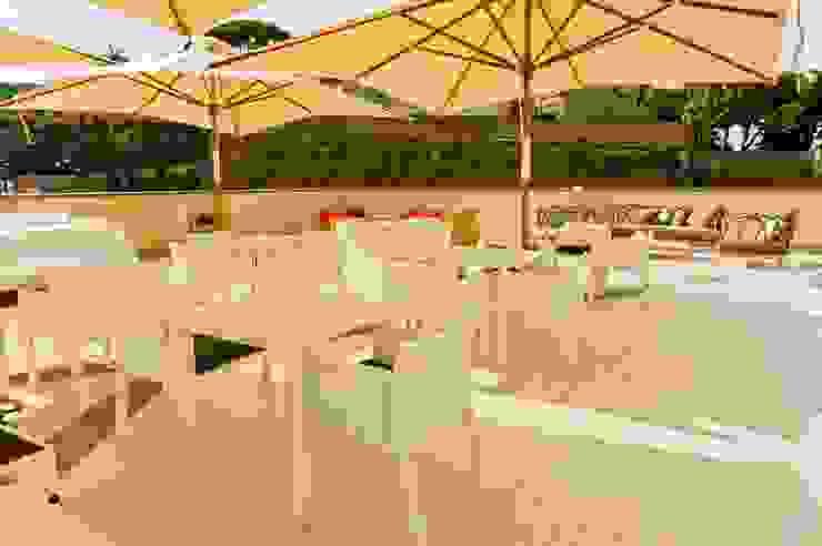 Terrazza Gran Melia - 2013 Balcone, Veranda & Terrazza in stile mediterraneo di studiomartino.5 Mediterraneo
