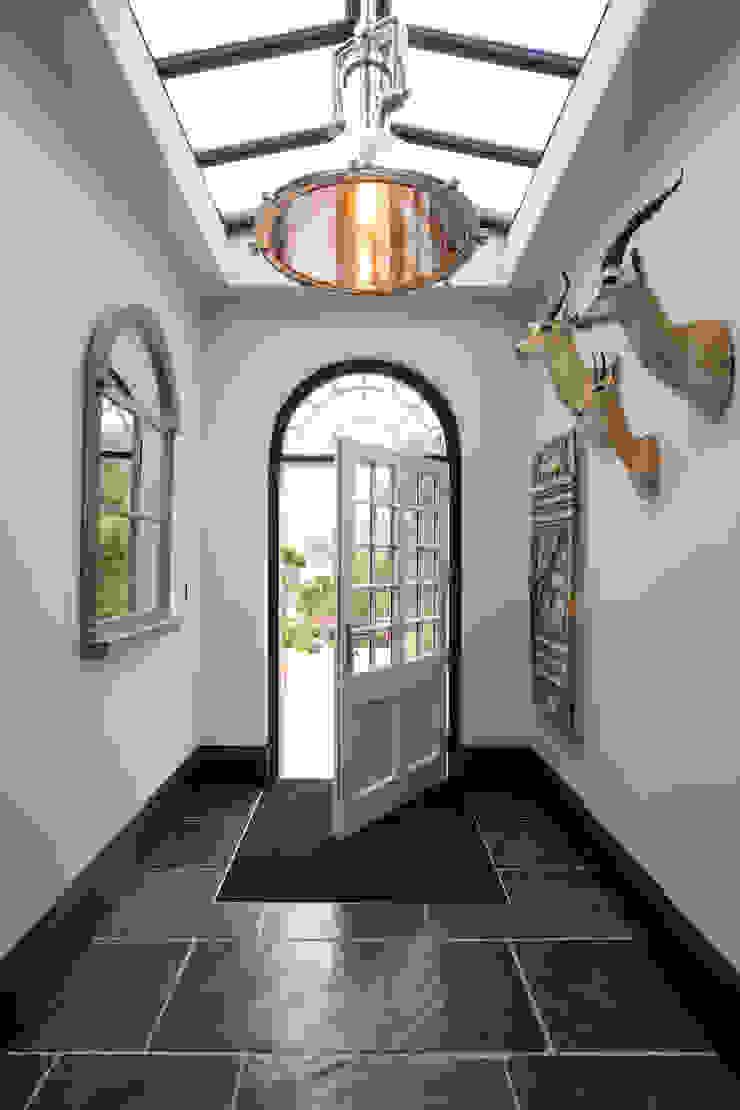 Moleskin Slate Artisan Worn Finish floor tiles Artisans of Devizes Couloir, entrée, escaliers classiques