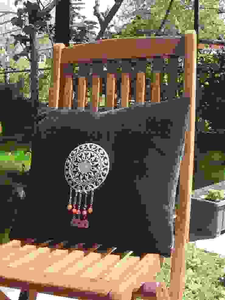 velvet pillow Melda Başçakır Klasik