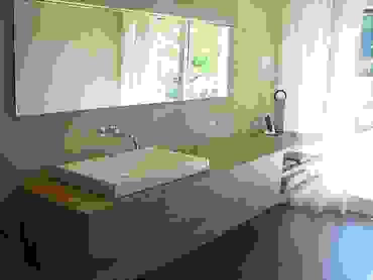 EFH Neubau bei Aarau Moderne Badezimmer von wernli architektur ag Modern