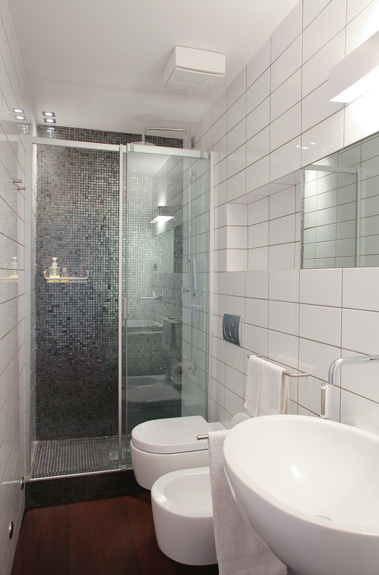 Salle de bain moderne par isabella maruti architetto Moderne