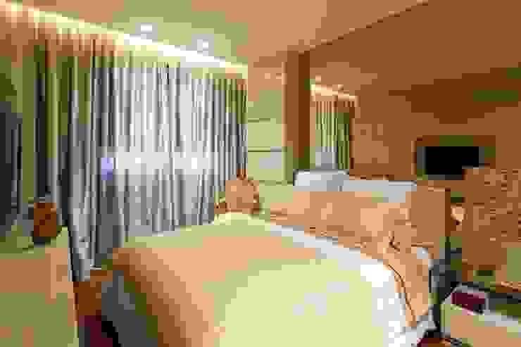 Dormitorios de estilo moderno de Gláucia Britto Moderno
