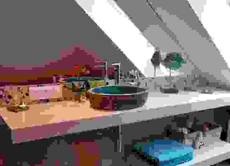 umywalka robiona ręcznie Śródziemnomorska łazienka od dekornia Śródziemnomorski