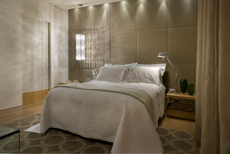 Modern style bedroom by Gláucia Britto Modern