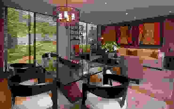 UNUO Interiorismo Classic style dining room