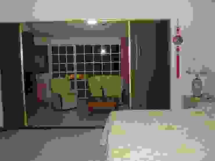 Suite / Recamara principal y sala de estar en su estado original de ARQUELIGE Rústico