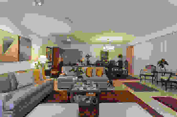 Livings de estilo clásico de Bruno Sgrillo Arquitetura Clásico