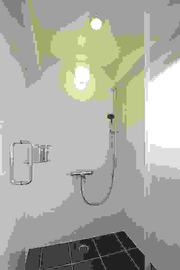 秋葉原リノベーション モダンスタイルの お風呂 の 有限会社タクト設計事務所 モダン