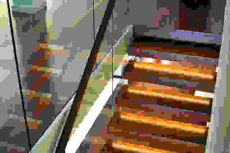 KAISER Schody Sp. z o.o. Corridor, hallway & stairsStairs