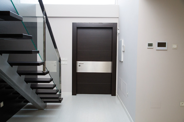 modern  by Domporte, Modern