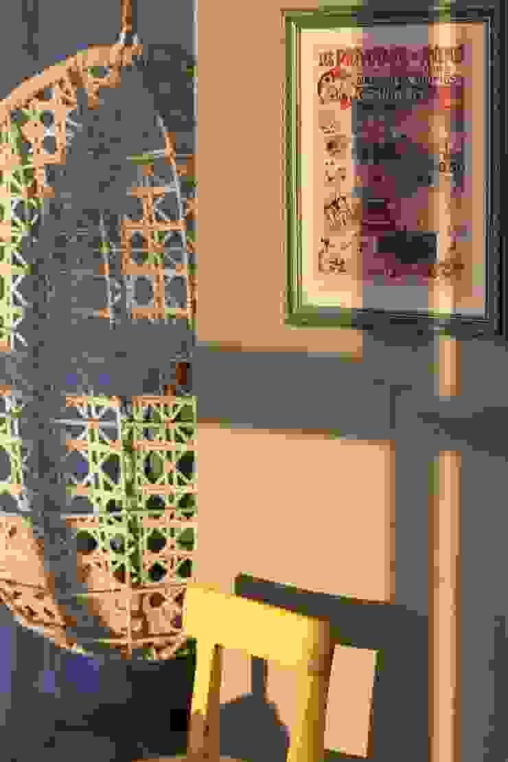 Дом на набережной Балкон и терраса в классическом стиле от Ширванова Оксана PerfectHome Классический