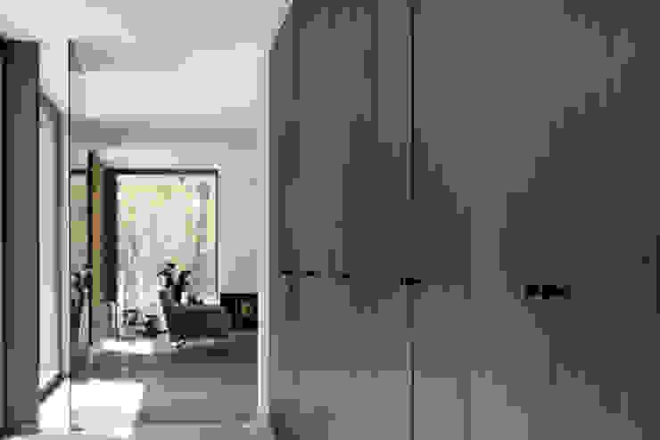 PQ 25 Furniture knob in dark iron: modern  door Dauby, Modern