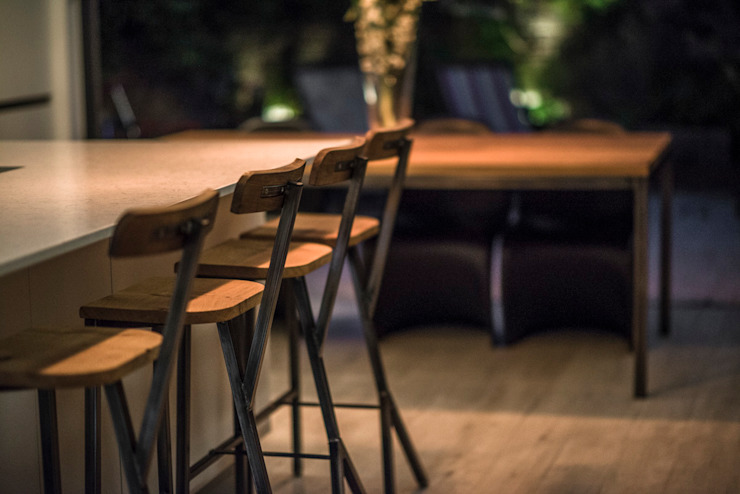 Kitchen Bar Stool de One Off Oak Limited Clásico