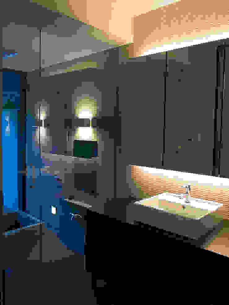 洗面 浴室 モダンスタイルの お風呂 の 古津真一 翔設計工房一級建築士事務所 モダン