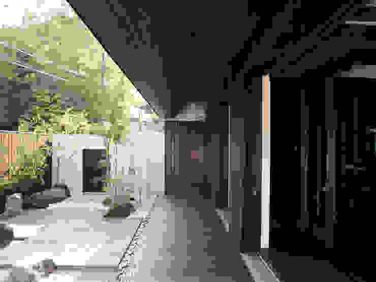 Casas modernas: Ideas, imágenes y decoración de 古津真一 翔設計工房一級建築士事務所 Moderno