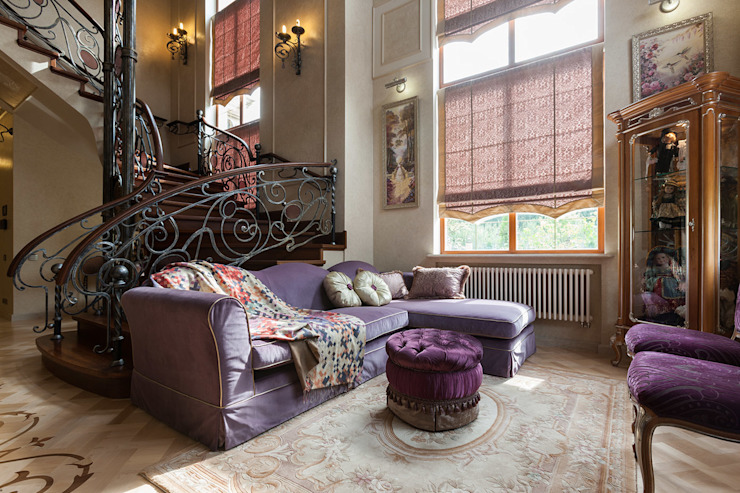 Salas de estar clássicas por Интерьеры от Марии Абрамовой Clássico