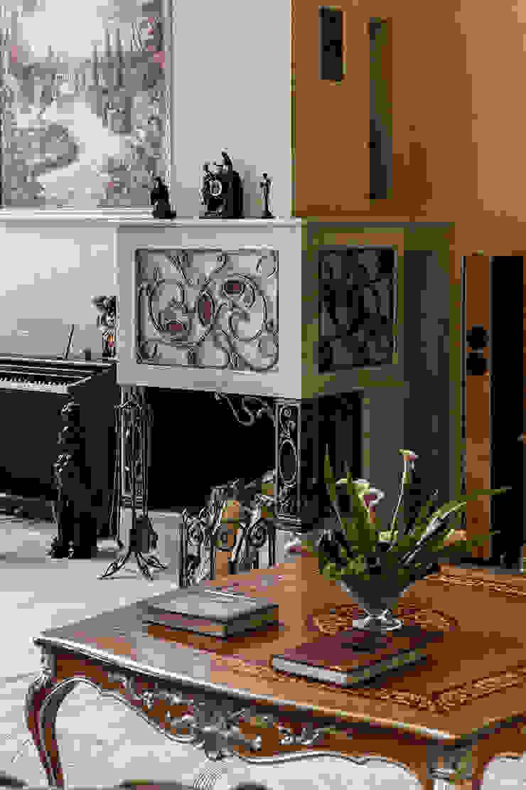Общая гостиная зона Гостиная в средиземноморском стиле от Интерьеры от Марии Абрамовой Средиземноморский