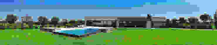 Club de Campo Las Moritas Piletas modernas: Ideas, imágenes y decoración de binomio Moderno
