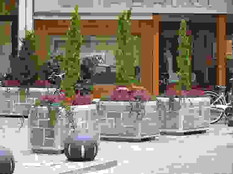 STILE SAS Commercial Spaces Stone