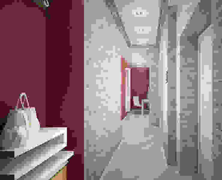 Квартира-студия для молодой девушки Коридор, прихожая и лестница в модерн стиле от Гурьянова Наталья Модерн
