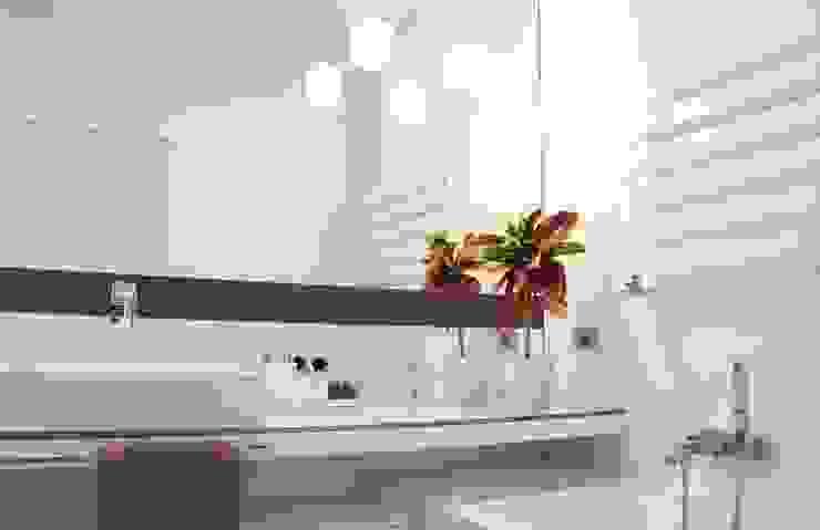 bagno padronale Bagno minimalista di Elisa Rizzi architetto Minimalista