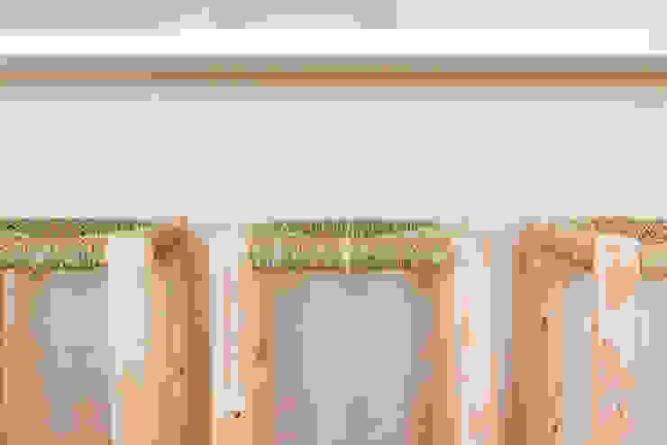 Kitchen by LF24 Arquitectura Interiorismo,