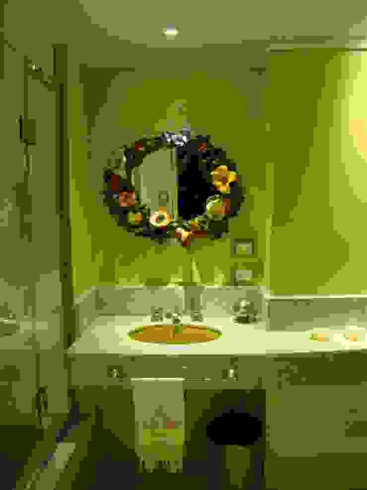 baño después de intervención sector bacha de Hargain Oneto Arquitectas