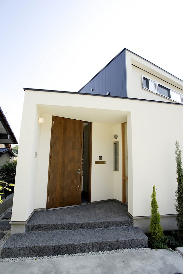 祐成大秀建築設計事務所 Puertas y ventanas de estilo moderno
