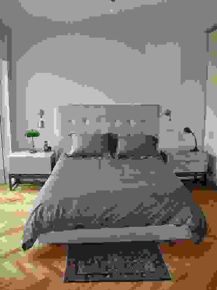 Dormitorio en suite después de intervención de Hargain Oneto Arquitectas